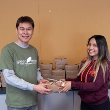 2020-01-27-food-donation-to-elac-10